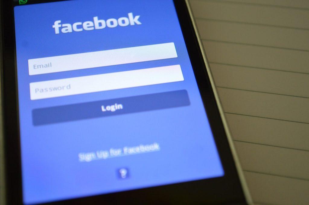 Facebook: Chi, come e quando usarlo per la tua azienda